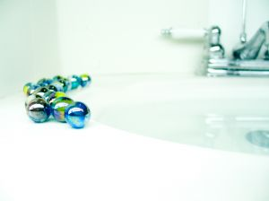 AcneFreeTreatments Water sink marbles Steps for an Effective Acne Treatment